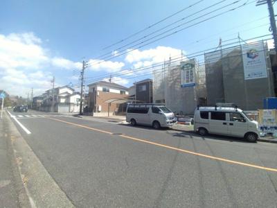 4月4日撮影 前面道路を含む現地