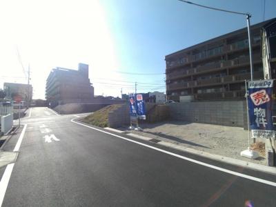 4月4日撮影 前面道路を含む現地写真