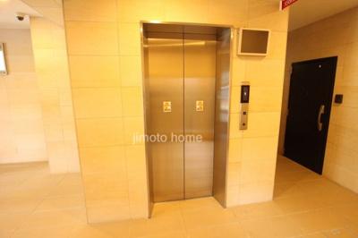 フレール江坂公園 エレベーター