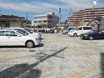 【駐車場】公社山田西第一次団地A6棟