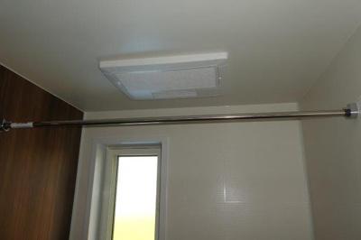 浴室乾燥機・窓