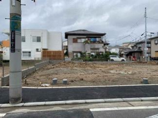 南海本線 諏訪ノ森駅まで徒歩8分です スーパー 小学校など徒歩圏ですから便利に安心してお住まいできる立地です