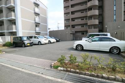【駐車場】グランリジェール