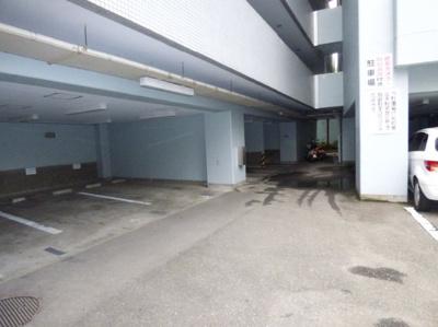 【駐車場】ラ・レジダンス・ド・グロワール