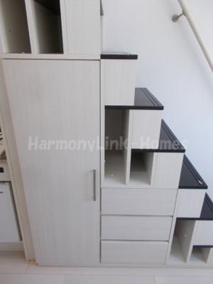 ハーモニーテラス高松の収納付き階段♪