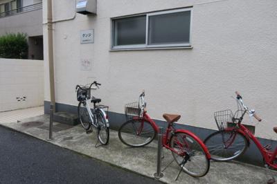 グンジビル 自転車置き場
