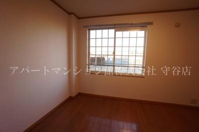 【寝室】コンフィデンス・コート