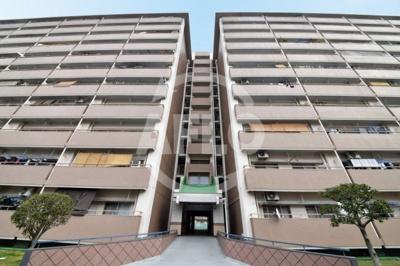 【外観】比花厚生年金住宅(高見) B棟