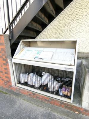 敷地内ごみ置き場でごみ出しもらくらく~♪忙しい社会人さんや学生さんにもうってつけ!