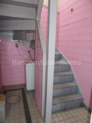 ライフピアポピンズの階段