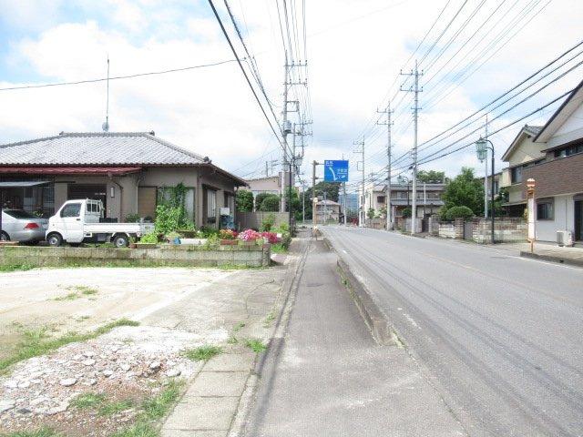 【前面道路含む現地写真】笠間市石井一戸建て