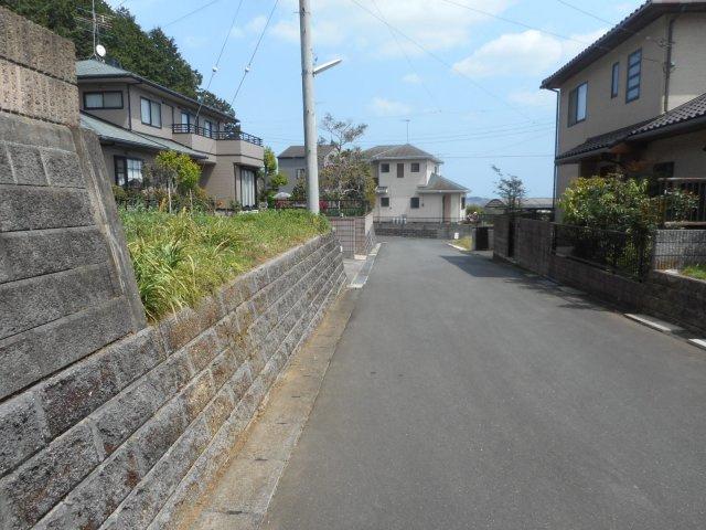 【前面道路含む現地写真】茨城町小鶴土地