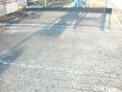 【駐車場】エスタシオン