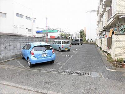 【駐車場】エクセルハイム石川