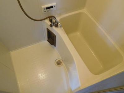 【浴室】ヴィラ・キャトレア