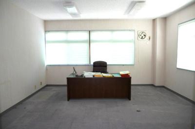 事務所棟2階 役員室