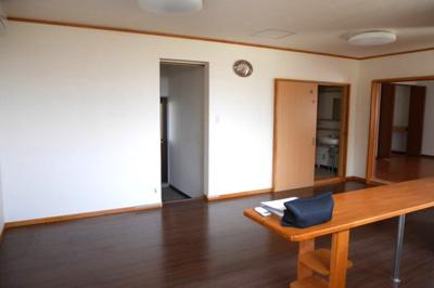 事務所棟1階