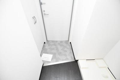 【玄関】ラ・フォーレ難波