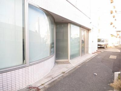 【エントランス】足立区鹿浜 環七通り沿い準工業地域角地空室ビル