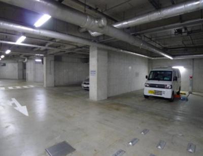 高輪ザレジデンスの駐車場