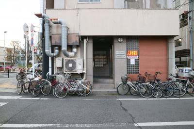 【エントランス】ローレル八尾本町