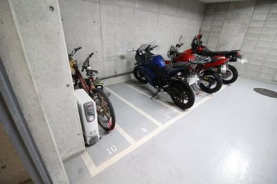 【エントランス】モンセーヌ六甲・甲麓館