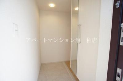 【玄関】ラフレシールⅡ