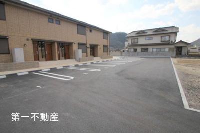 【駐車場】イワモト・ガーデン