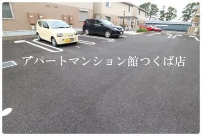【駐車場】ゼピュロス学園の森R
