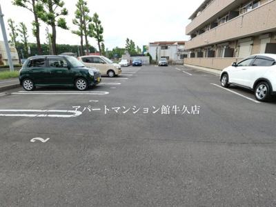 【駐車場】ハーベスト・コート