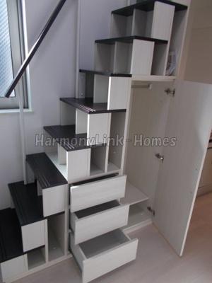 ベル・ルミエールの階段付き収納(同一仕様写真)
