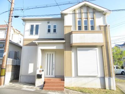 ナチュラルな色みの可愛らしいお家。平成20年10月建築。