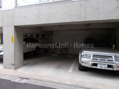 ガーデンヒルズの駐車スペース