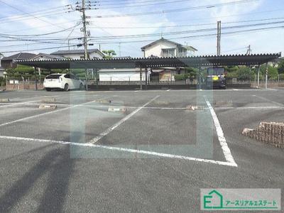 【駐車場】ピオーネハイツ