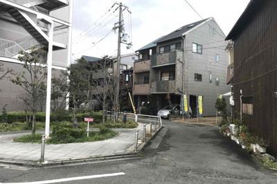【前面道路含む現地写真】守口市寿町 条件付土地 新築