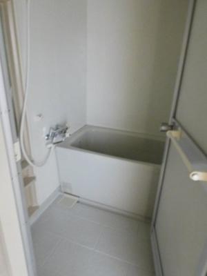 【浴室】メゾンラフィーネ