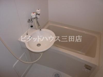 【浴室】レオパレスMaeda2