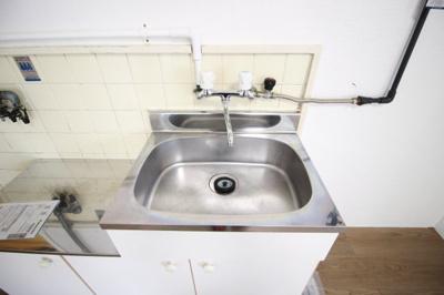 キッチン内洗面所