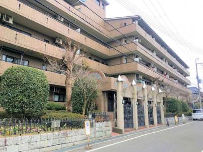 JR阪和線『北信太』駅まで徒歩15分♪オートロックなので防犯面も安心♪