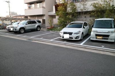 【駐車場】エレガントステージ山本