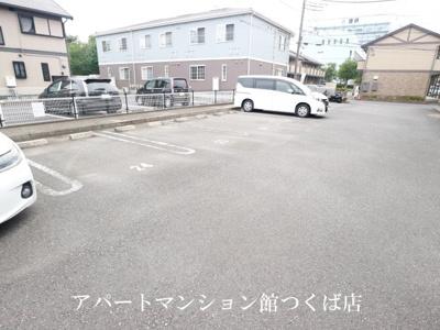 【駐車場】シャルマン C