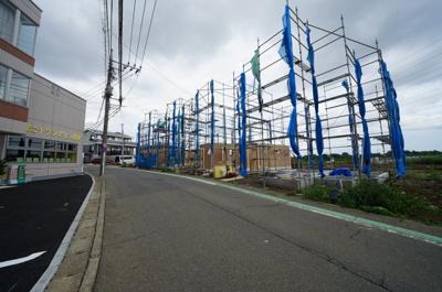 【前面道路含む現地写真】保土ヶ谷区権太坂2丁目全10棟 新築戸建