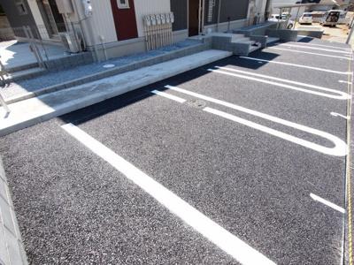 敷地内駐車場(台数に限りがございます)