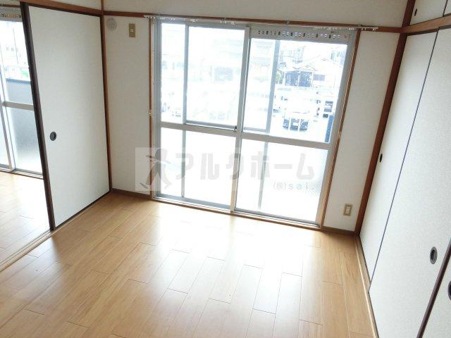大県マンション2 洋室