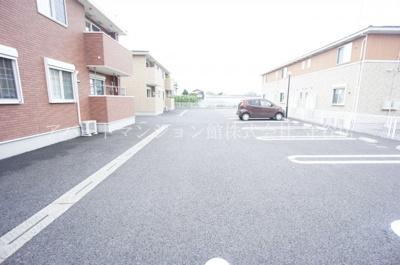 【駐車場】カーサ・フェリーチェB