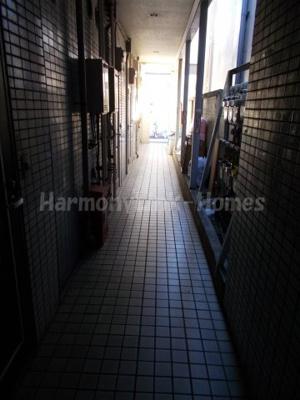 ライフピアミラージュの廊下☆