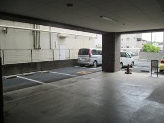 平置き駐車場 【ライオンズプラザ吉川駅前】