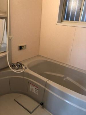【浴室】門真市小路北町 中古戸建て