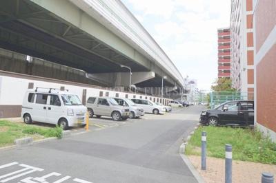 【駐車場】リバーサイドさぎす5号棟