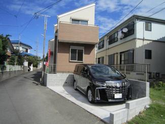 アルファードも駐車可能ですので、ファミリータイプのお車をお持ちの方・購入を検討されている方にもおすすめです。